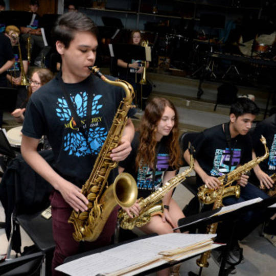 HIGHSCHOOL BIG BAND
