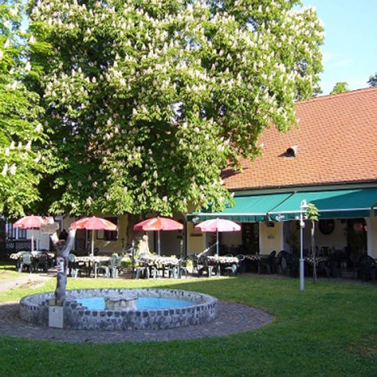 Pariser Hof Restaurant & Pension