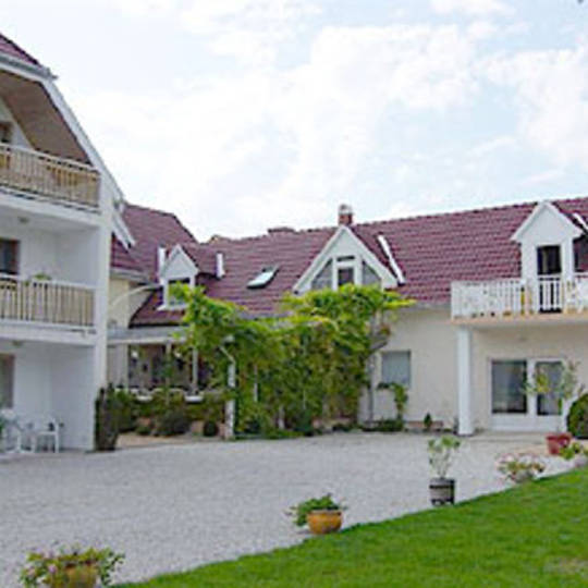 SILATTI Pension Appartement haus